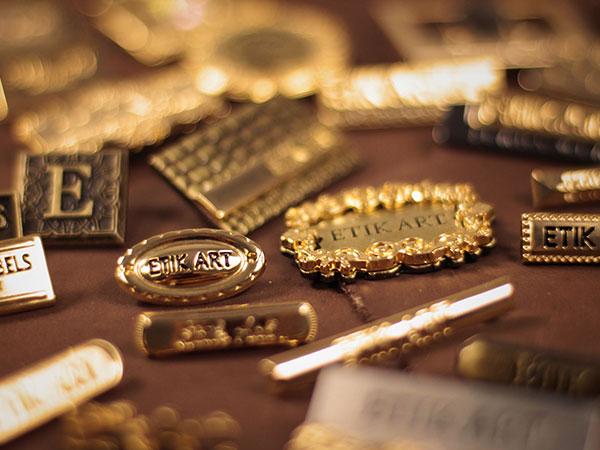 Compramos metais Nobres em todos os Teores: